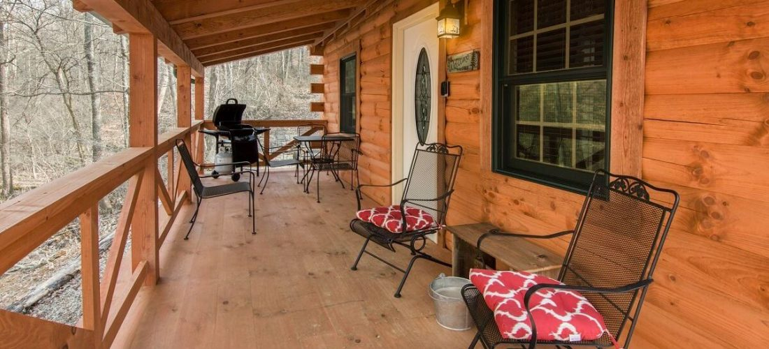 Creekside Serenity log cabin porch